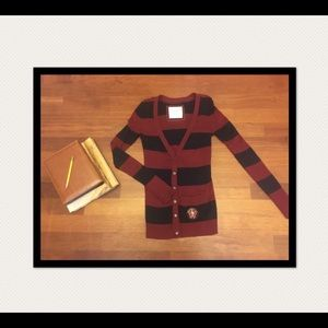 Abercrombie cardigan in black and maroon. Size S.